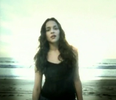"""Norah Jones sings """"Don't know Why"""""""
