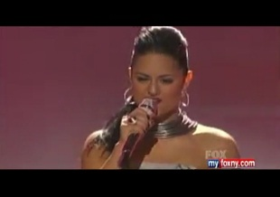 """""""American Idol's"""" Pia Toscano to sing on """"Dancing with the Stars"""""""