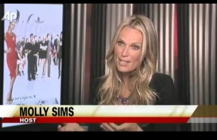 Accessory 'obsessed' Molly Sims Hosts 'Project Runway' Spinoff