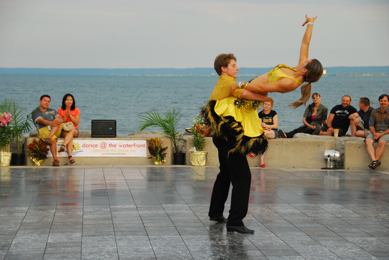 danceScape @the Waterfront: Salsa with Veli & Matt (7:15 p.m.)