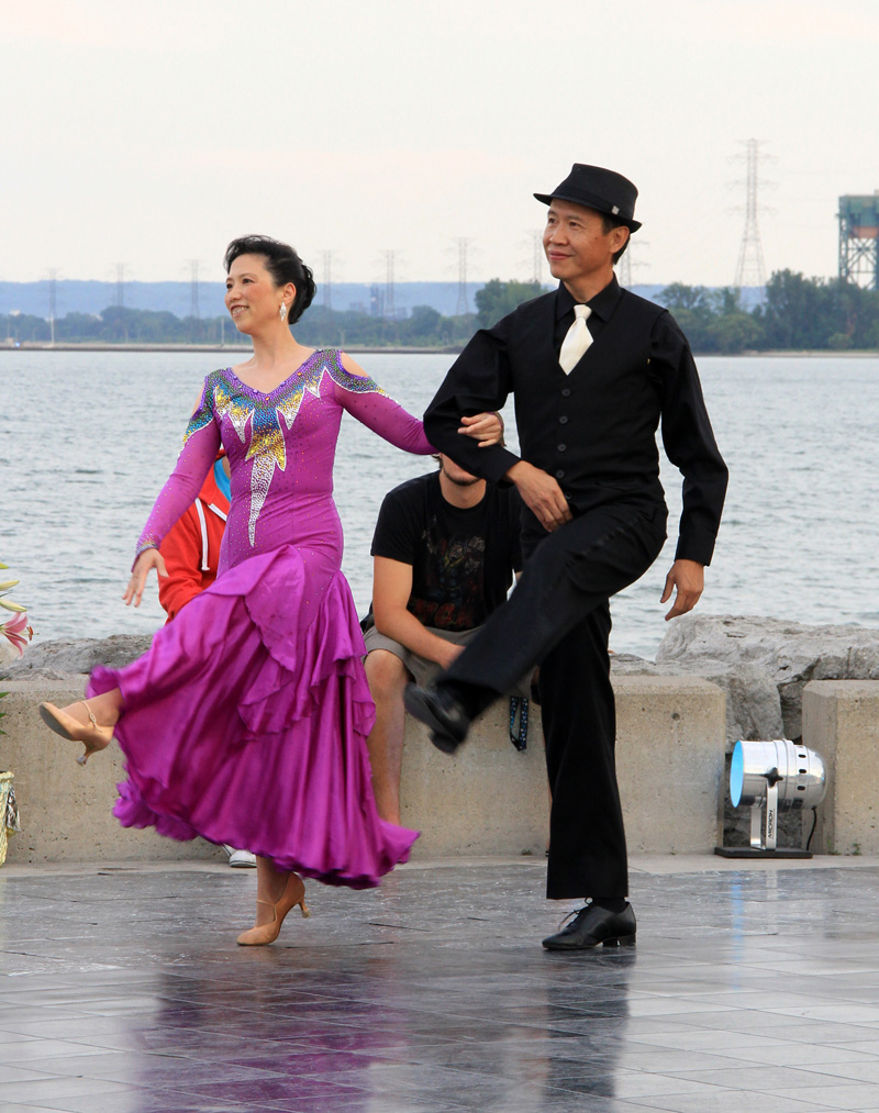 danceScape @the Waterfront: Fan & Hong Foxtrot (7:15 p.m.)